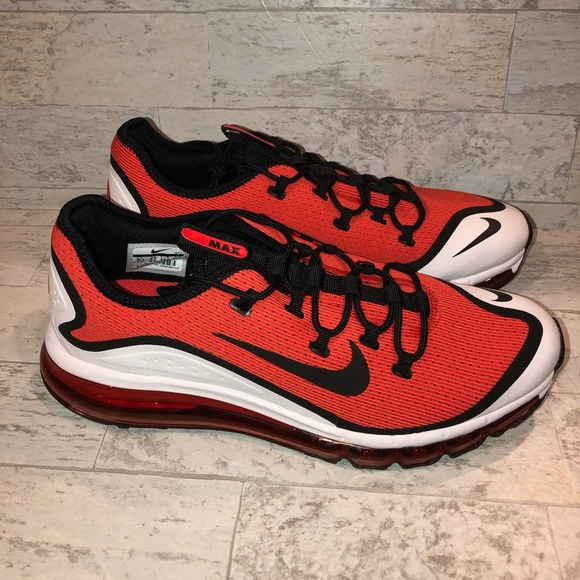 Brand new Nike Air Max More size 10.5 AR1944 600